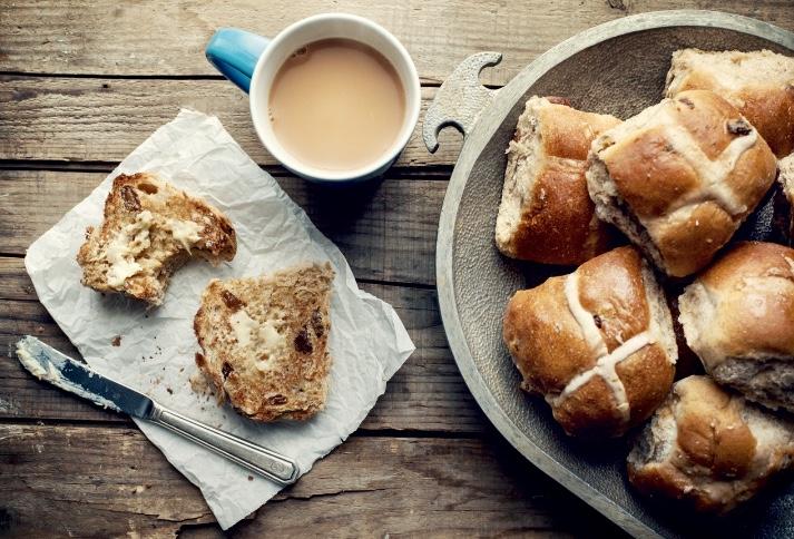 Easter Baking and Treats : Linda Hewett
