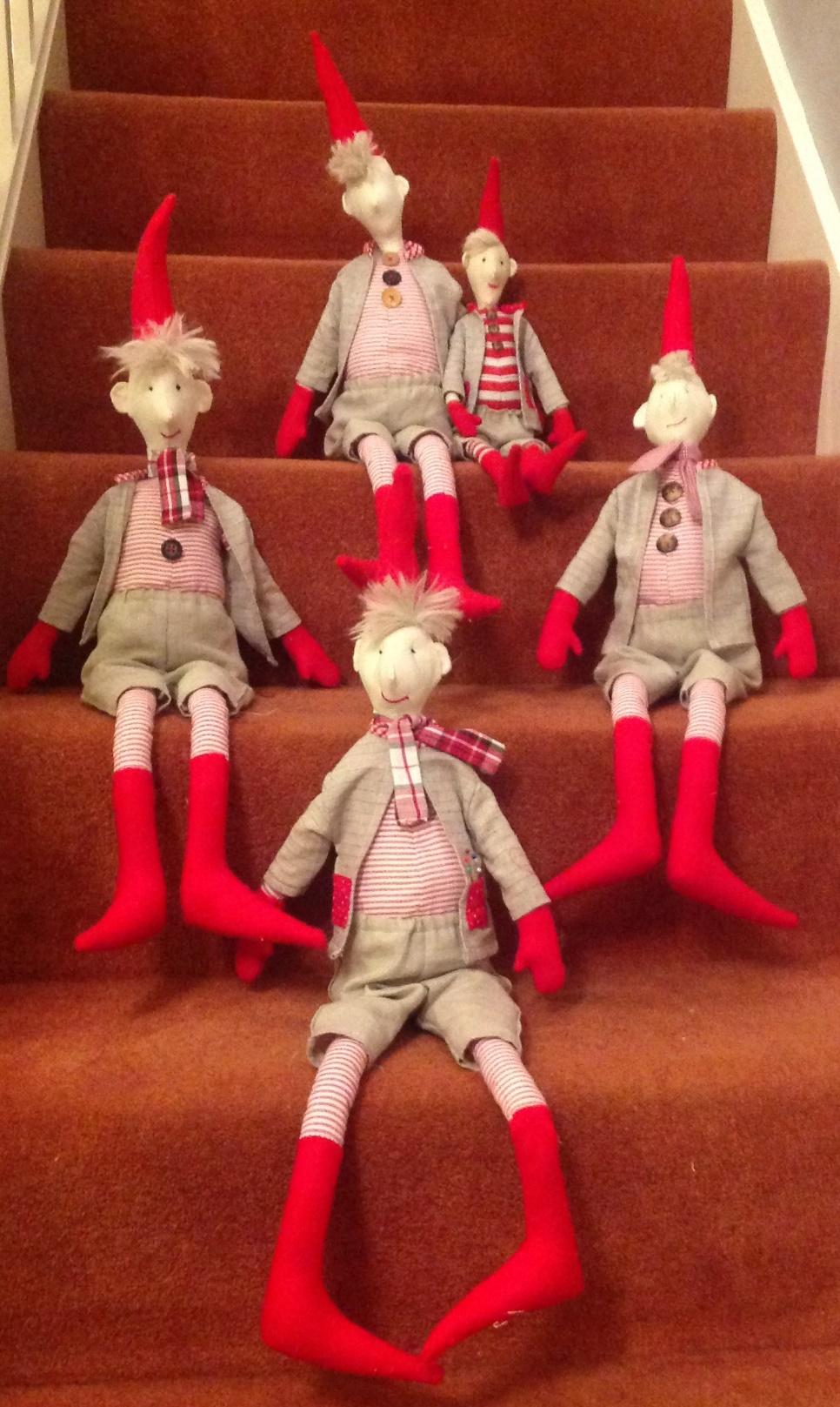 Elf on the Shelf -2 Night : Gary Mills
