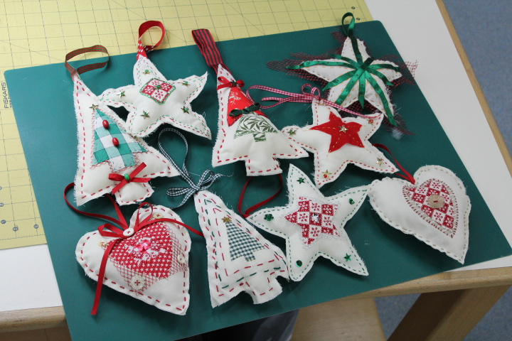 Christmas Stitch up Family Day (8-12 years) : Christine Green