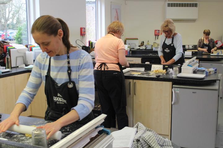Festive Baking : Katie Churchard