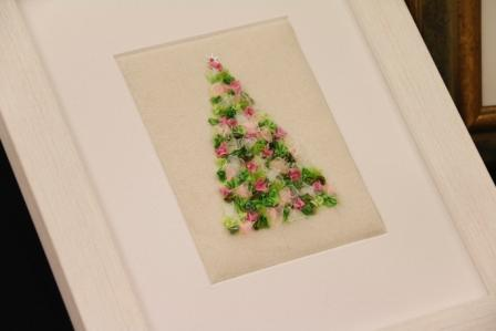Ribbon Embroidery: A Victorian Christmas Tree : Marilyn Pipe