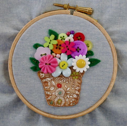 Button Craft Bonanza- Day School : Natalie Green