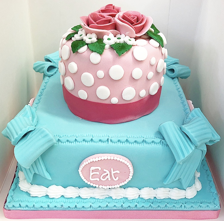 Cake Decorating : Natalie Green