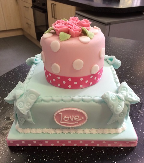 Cake Decorating : Natalie Green