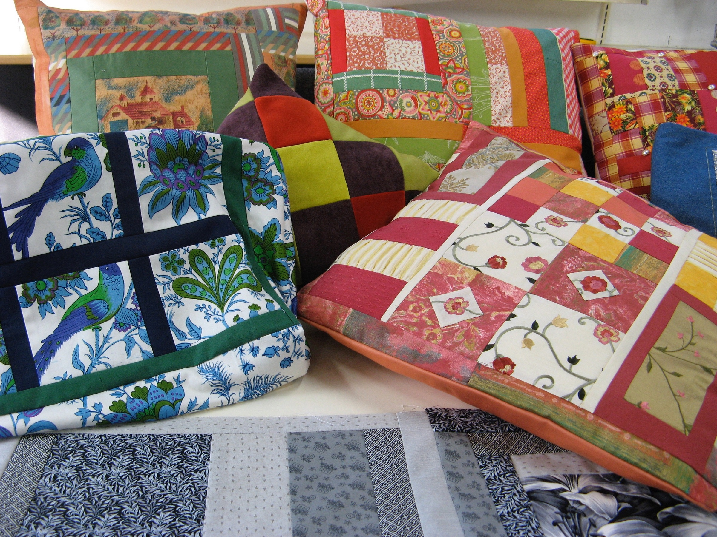 Patchwork: Happy Scrappy Patchwork for Improvers : Christine Green