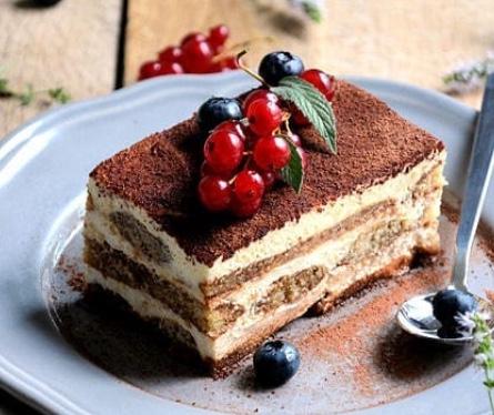 La Dolce Vita : Italian Desserts and Sweet Treats : Mariella Bliss